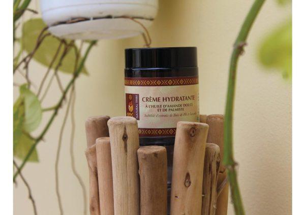 Crème nourrissante hydratante à l'huile de Baobab, d'amande douce & palmiste